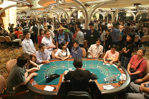 Best Vegas Casinos for Baccarat